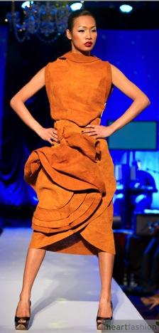 jose.hendo_.bark_.cloth_.dress_